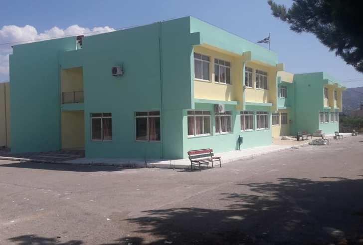 Ανακαίνισαν το 2ο Δημοτικό Σχολείο Μοιρών (φώτο)