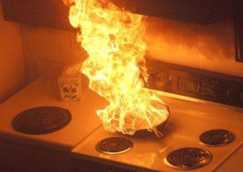 Κρήτη: Νυχτερινές πυρκαγιές σε δυο σπίτια