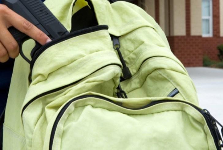 Μοίρες: Συνελήφθη ο ανήλικος που έβγαλε όπλο – ρεπλίκα στο σχολείο