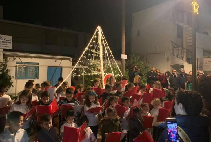 Μια υπέροχη Χριστουγεννιάτικη εκδήλωση στο Καλαμάκι! (εικόνες)