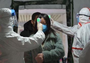 Κορωνοϊός: Αυξάνεται ο τραγικός απολογισμός – Στους 908 νεκροί και 40.000 κρούσματα
