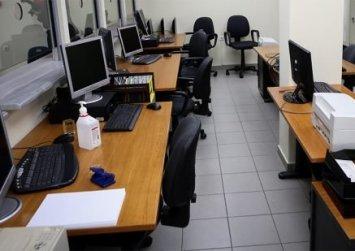Κορωνοϊός: Για νοικοκυριά, επιχειρήσεις, εργαζομένους -Φρένο σε απολύσεις