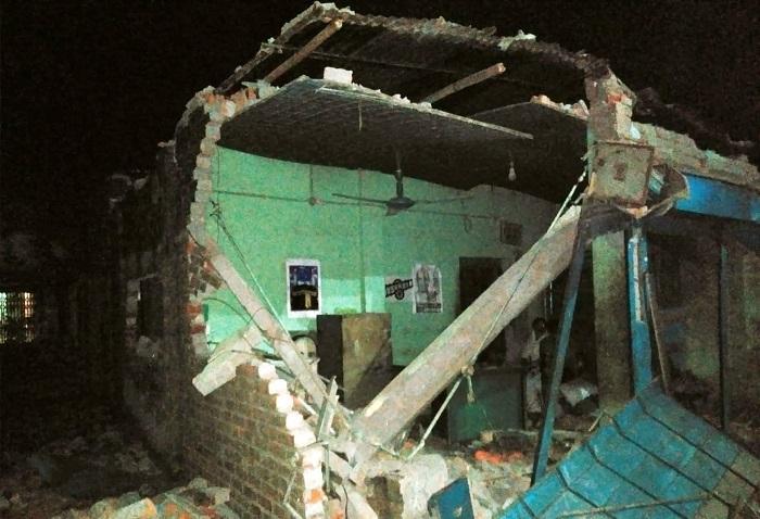 ময়মনসিংহে কাউন্সিলরের মিষ্টির কারখানায় হামলা, ভাংচুর ও লুটপাট