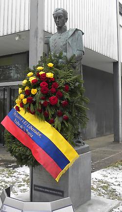 https://i1.wp.com/www.aporrea.org/imagenes/2010/12/en_honor_al_padre_de_la_patria_p.jpg