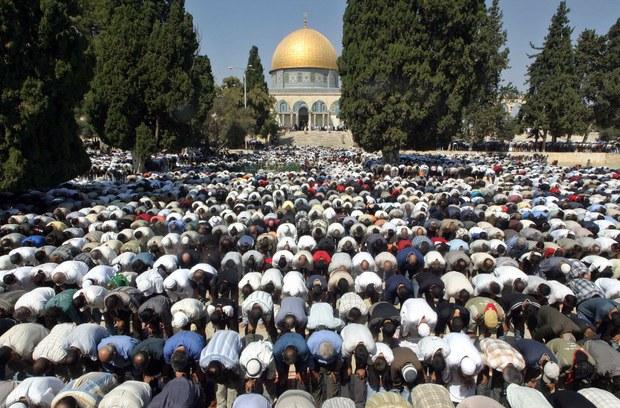 Mezquitas de todo el mundo, se solidarizan con el presidente Chávez y oran por su salud