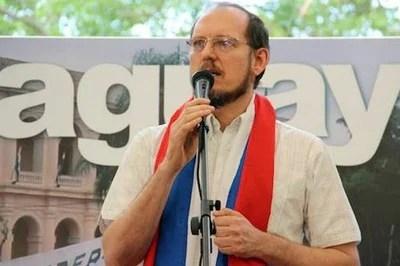 Aníbal Carrillo, candidato presidencial de la izquierda paraguaya