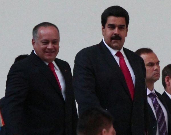 El Vicepresidente Maduro acompañado por Diosdado Cabello, Presidente de la AN