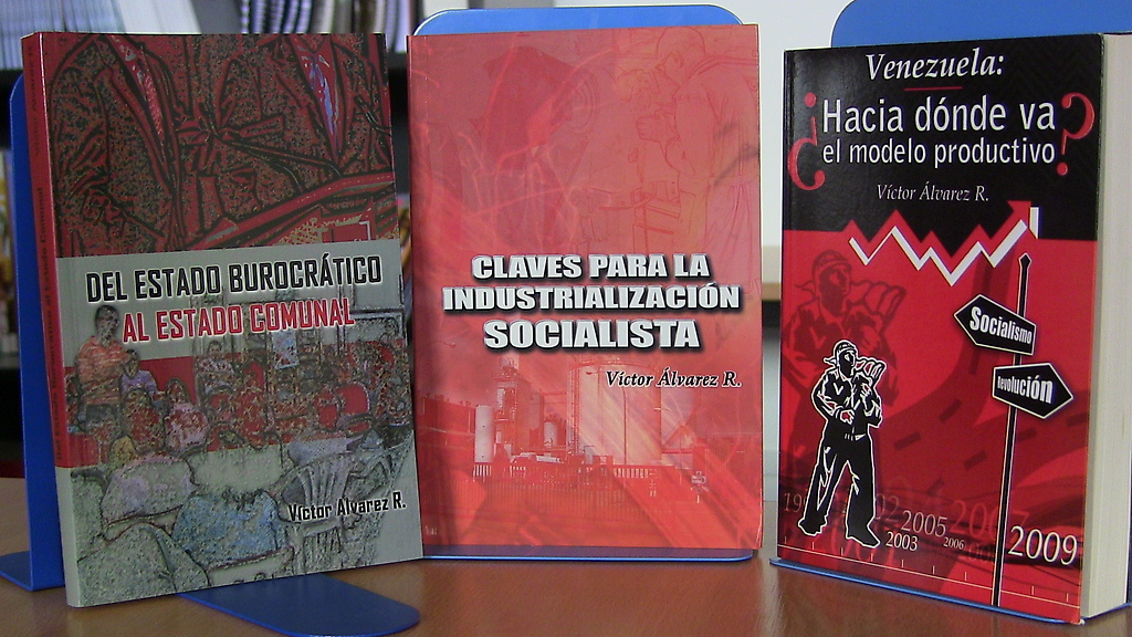 Libros del economista Victor Álvarez