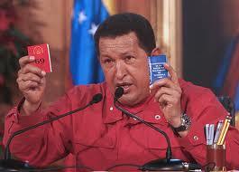 Chávez  con la constitución