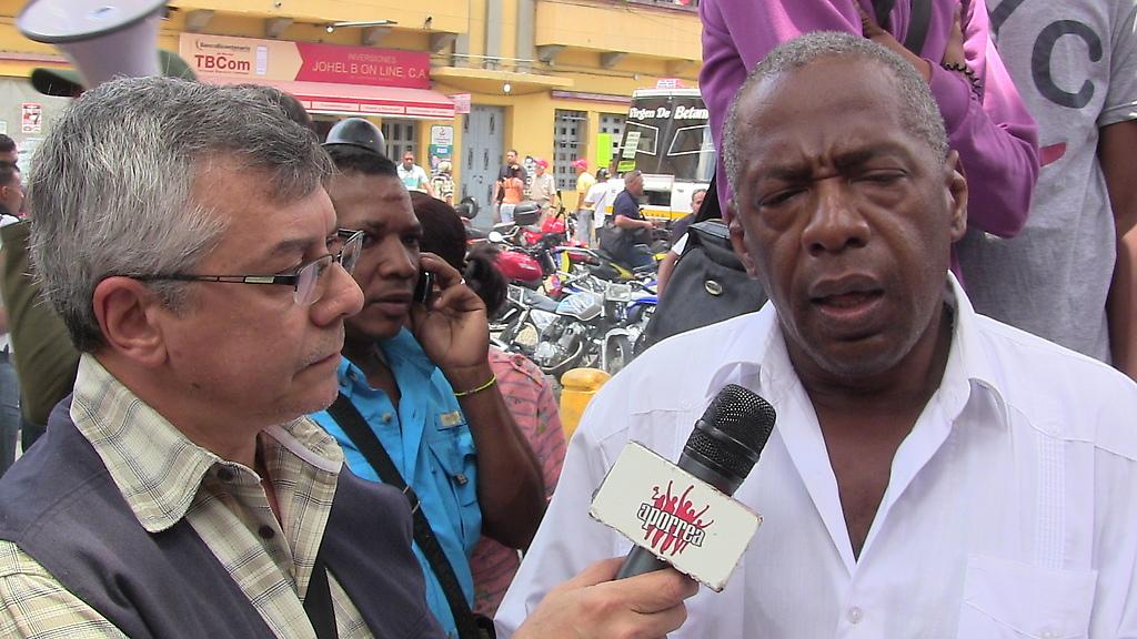 Noel Márquez de la Fundación Grupo Madera en la rueda de prensa en San Agustín del Sur