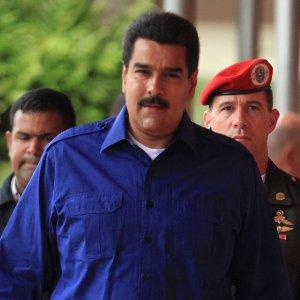El primer mandatario aseguró que la Revolución Socialista, de la mano con el pueblo venezolano, se mantendrá firme y luchando dignamente por el respeto a la soberanía del país y en defensa de la autodeterminación de la Patria