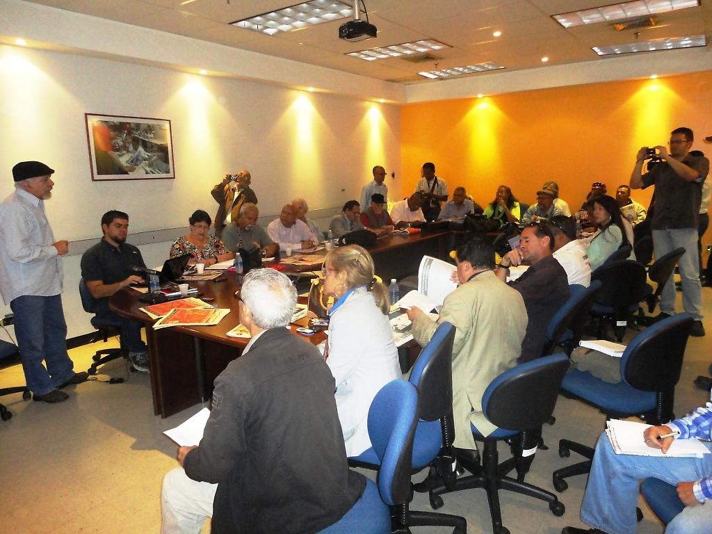 Encuentro de medios comunitarios en Cantv