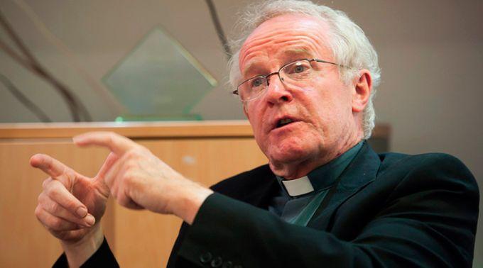 el Obispo de Arundel y Brighton (Inglaterra), Mons. Kieran Conry