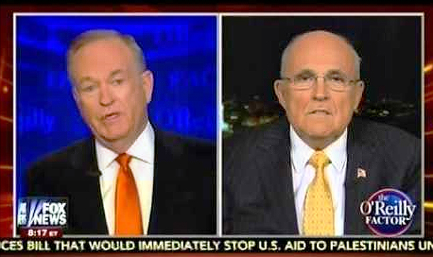 El político y abogado estadounidense Rudy Giuliani, ex Alcalde de la ciudad de Nueva York en plena entrevista con el periodista ultra derechista Bill O'Reilly
