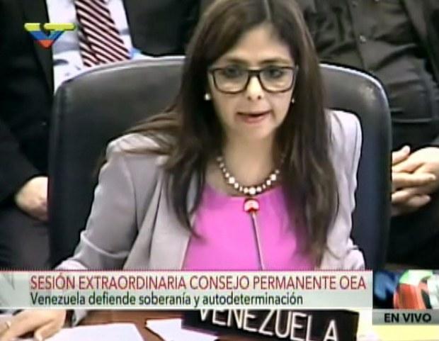 """""""Estamos viviendo los tiempos de vergüenza donde se rompen todas las reglas del juego y nos colocan una situación fangosa"""", aseguró ministra Delcy Rodríguez."""