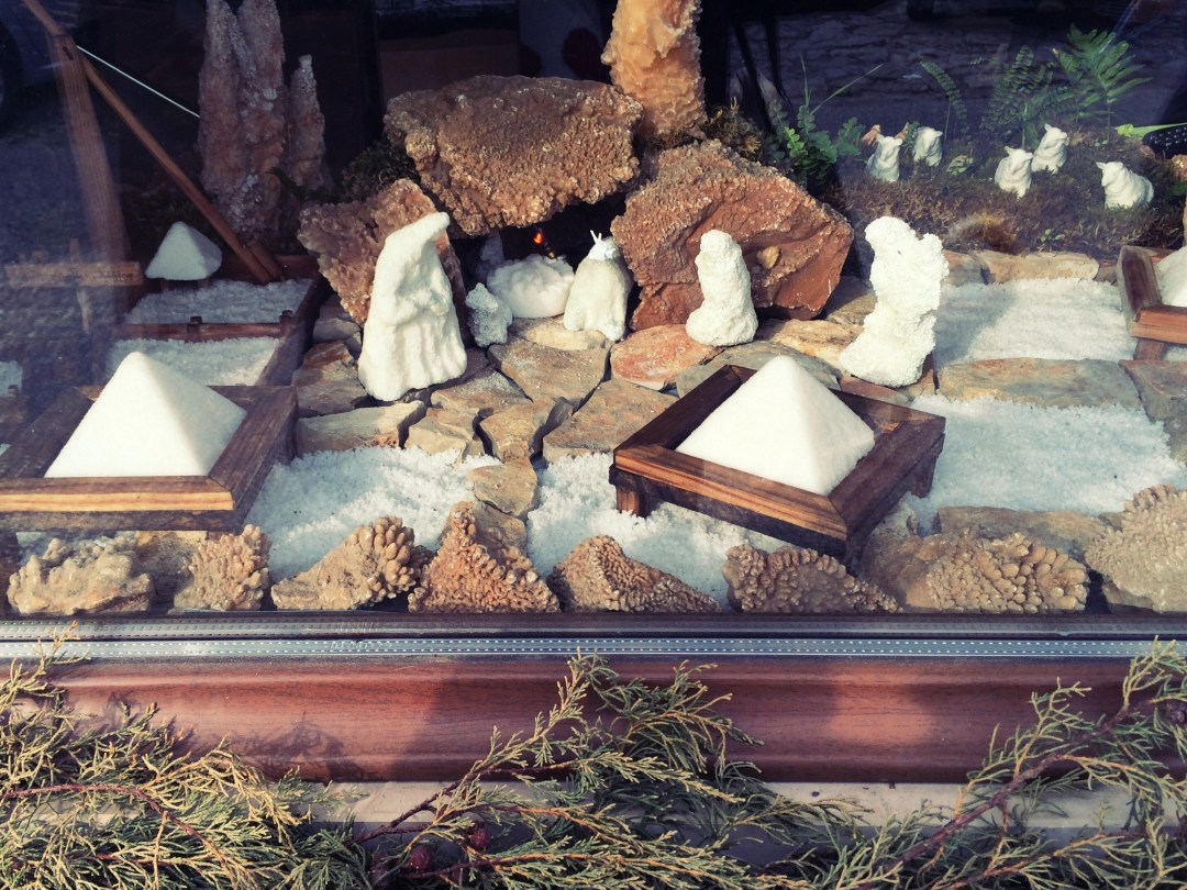 Nativity scene made of salt, featuring salt pyramids