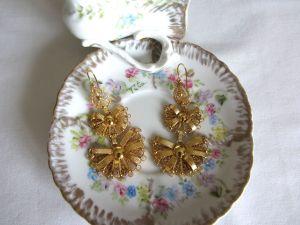 Beatriz gold earrings 1