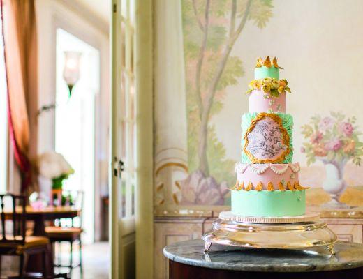 Julie Deffense green and pink cake