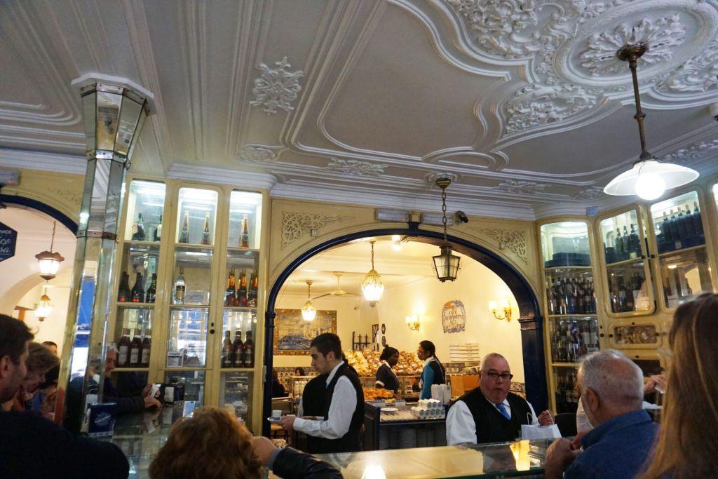 Inside Pasteis de Belem