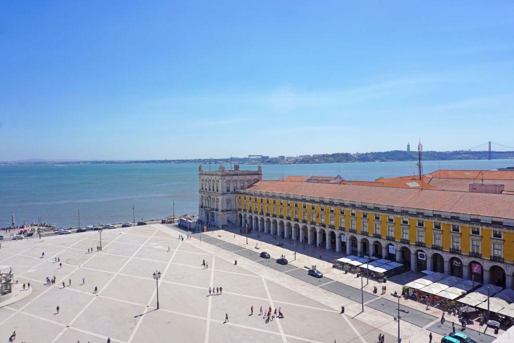 Praça do Comércio view
