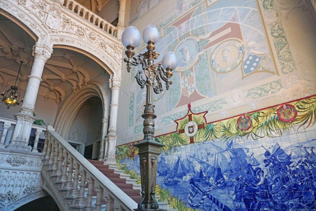 Inside Buçaco palace