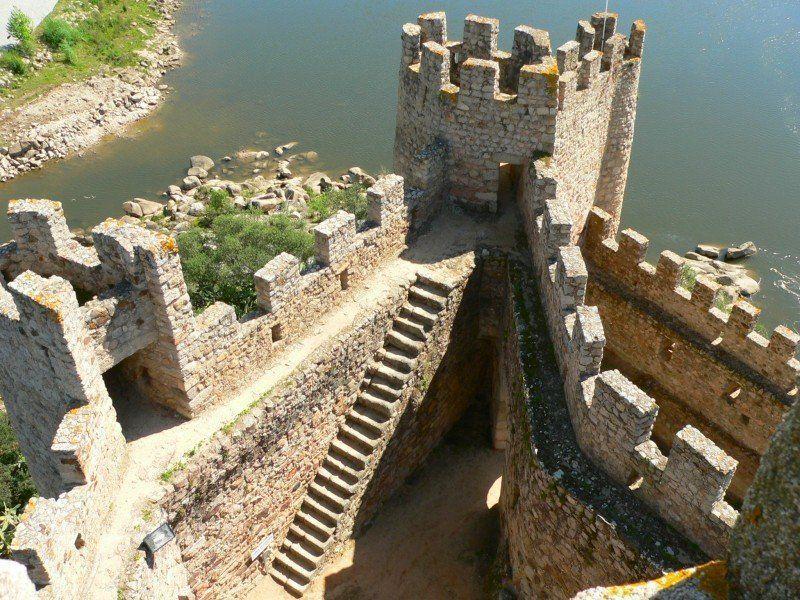 Castelo de Almourol à l'intérieur