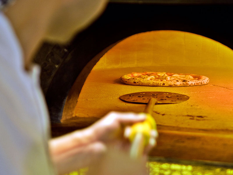 Forno D'Oro pizza oven