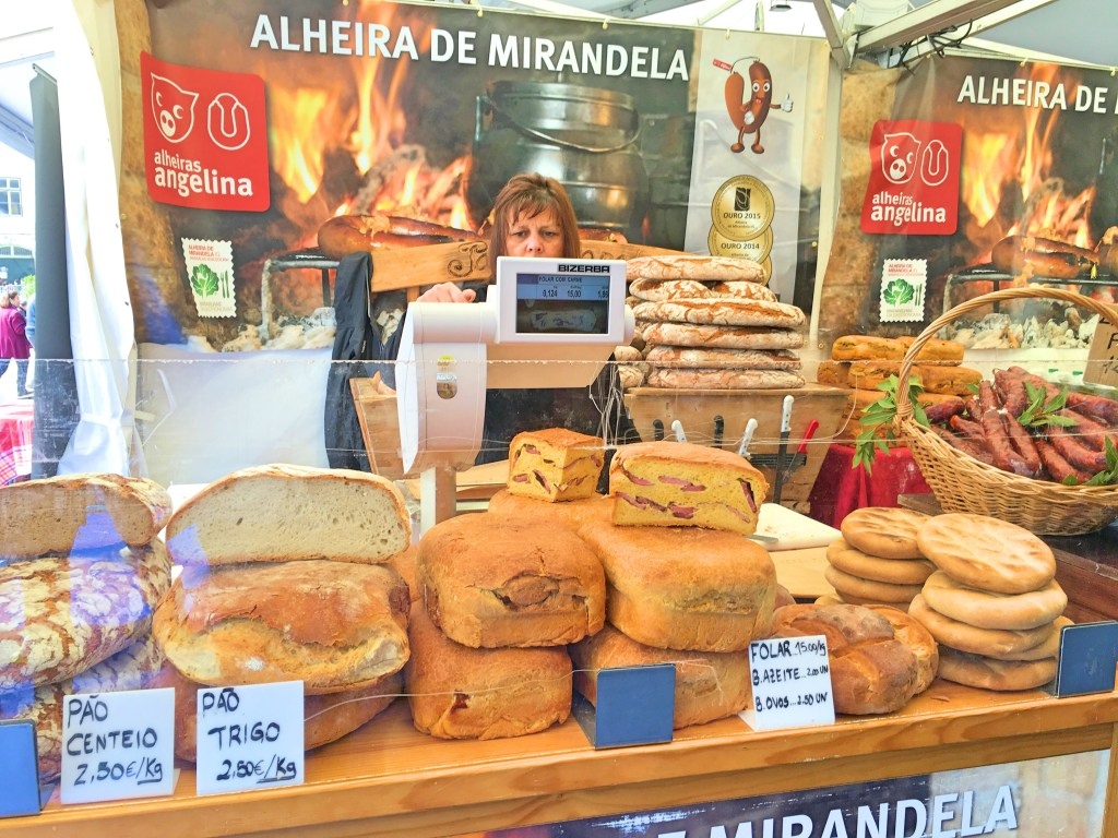 Bread at the Mercado da Baixa