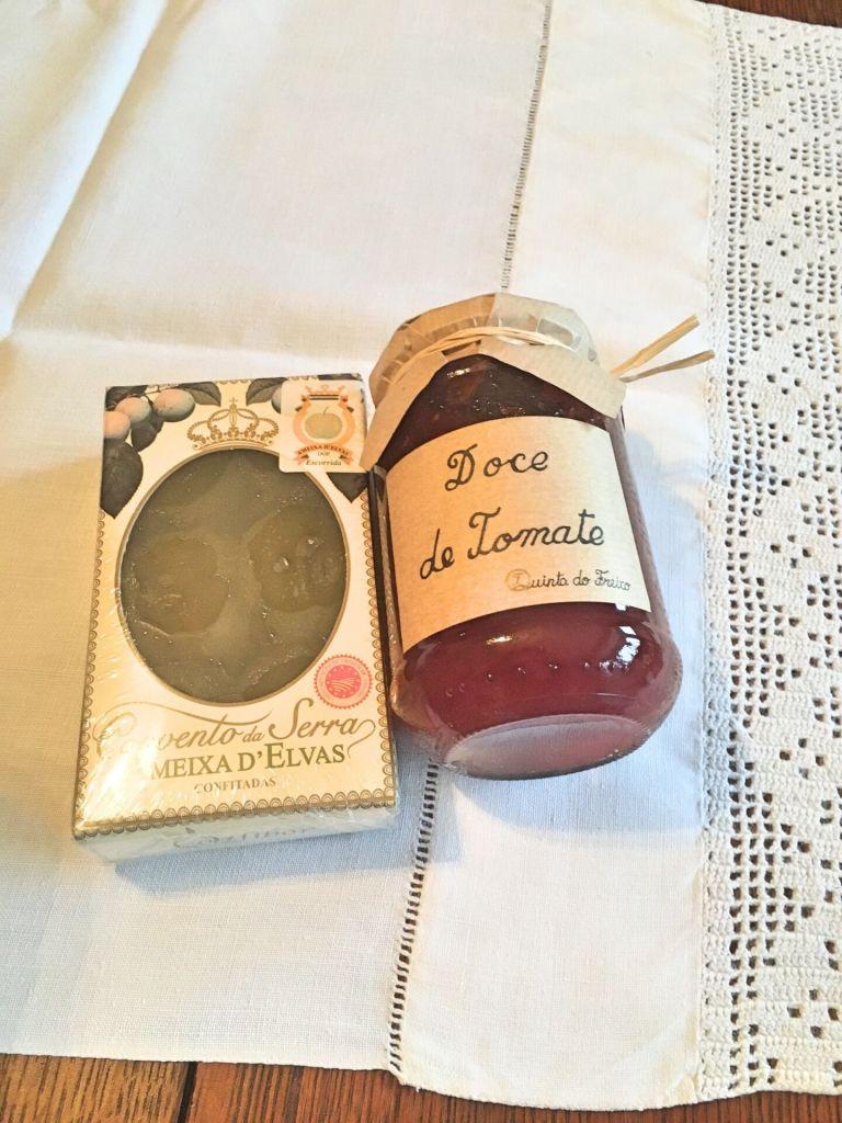 Ameixas de Elvas and tomato jam