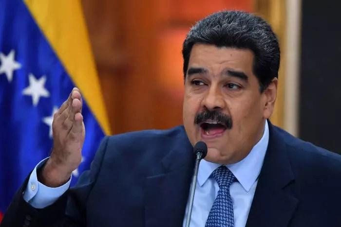 Justiça da Inglaterra condena banco a devolver US$ 1 bilhão a Nicolas Maduro.