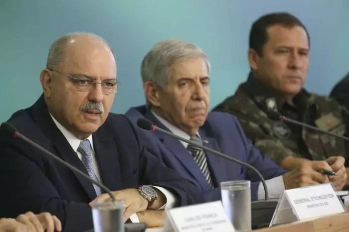 Brasil tem 100 generais nomeados marechais; Augusto Heleno, Villas Bôas e Etchegoyen entre eles