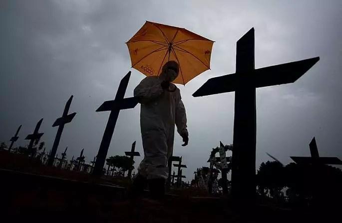 OAB diz que Bolsonaro cometeu crime de responsabilidade e contra a humanidade ao fundar a República da Morte
