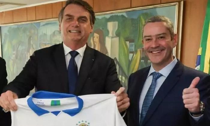 Mensagens do presidente da CBF, Rogério Caboclo, mostram assédio sexual com funcionária.