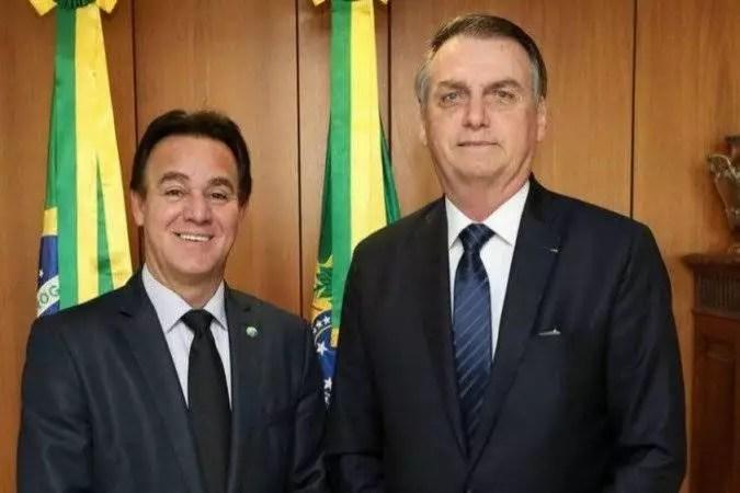 Bolsonaro já causa briga em partido, antes de mesmo de se filiar.