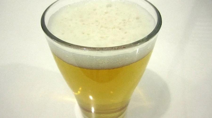 arzte behandeln alkoholvergiftung mit