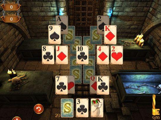 Solitaire mit einer Geschichte drumherum: das ist Solitaire Dungeon Escape.