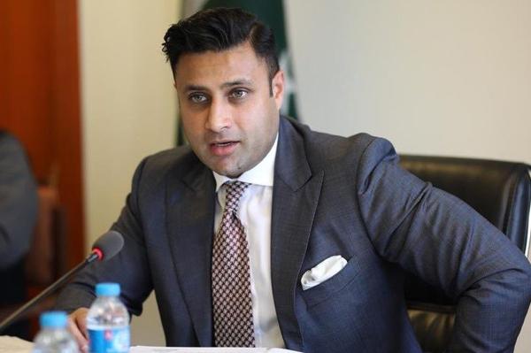 Pakistani labor to avail new job opportunities in Qatar, U.A.E, KSA: Zulfi Bukhari
