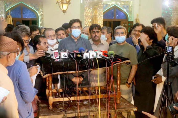 HYDERABAD: August 26 – Chief Minister Sindh Syed Murad Ali Shah talking to media person at Qadamgah Mola Ali. APP photo by Akram Ali
