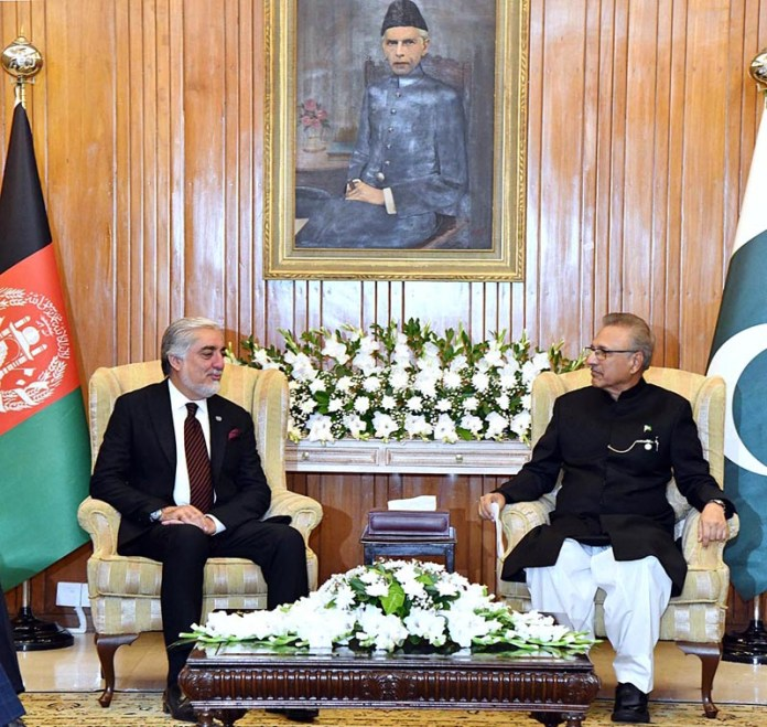 ISLAMABAD: September 30 - Chairman High Council for National Reconciliation of Afghanistan, Dr. Abdullah Abdullah called on President Dr. Arif Alvi at Aiwan-e-Sadr. APP