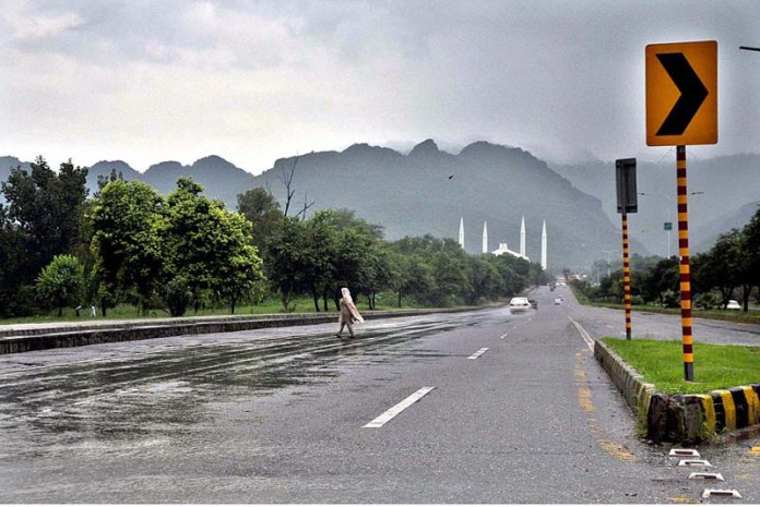 ISLAMABAD: September 01 – A view of rain in the city. APP photo by Irshad Sheikh