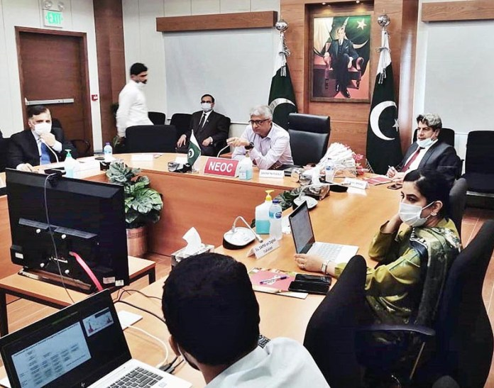 ISLAMABAD: September 02 – Special Assistant to the Prime Minister on National Health Services, Regulations and Coordination, Dr. Faisal Sultan chairing a high level meeting on polio at national emergency operations center. APP