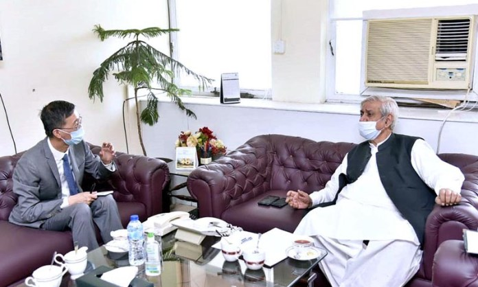 ISLAMABAD: September 18 – Federal Minister for National Food Security and Research, Syed Fakhar Imam had a farewell meeting with outgoing Chinese Ambassador Yao Jing. APP