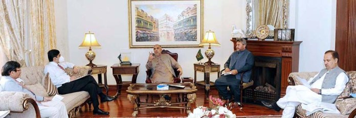 ISLAMABAD: September 11 – Speaker National Assembly Asad Qaiser in a meeting with Managing Director SNGPL Amir Tafail. APP