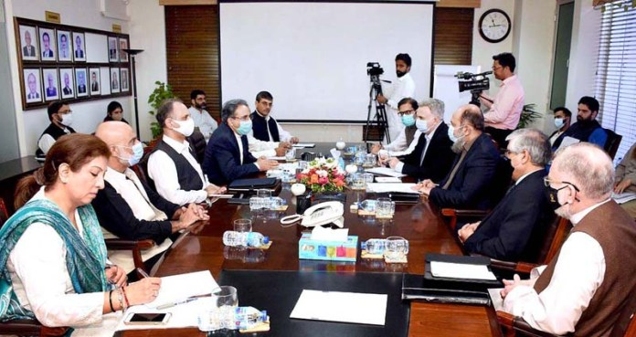 ISLAMABAD; September 18 - Chief Minister Balochistan, Jam Kamal Khan and Federal Minister for Energy, Omar Ayub Khan presiding the session on Energy Sector at Petroleum Division. APP