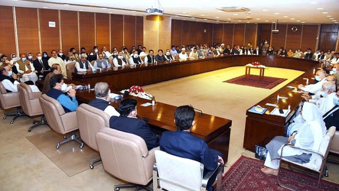 ISLAMABAD: September 16 – Prime Minister Imran Khan chairing parliamentary party meeting. APP