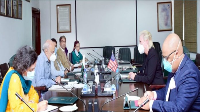 US embassy delegation calls on Interior Minister