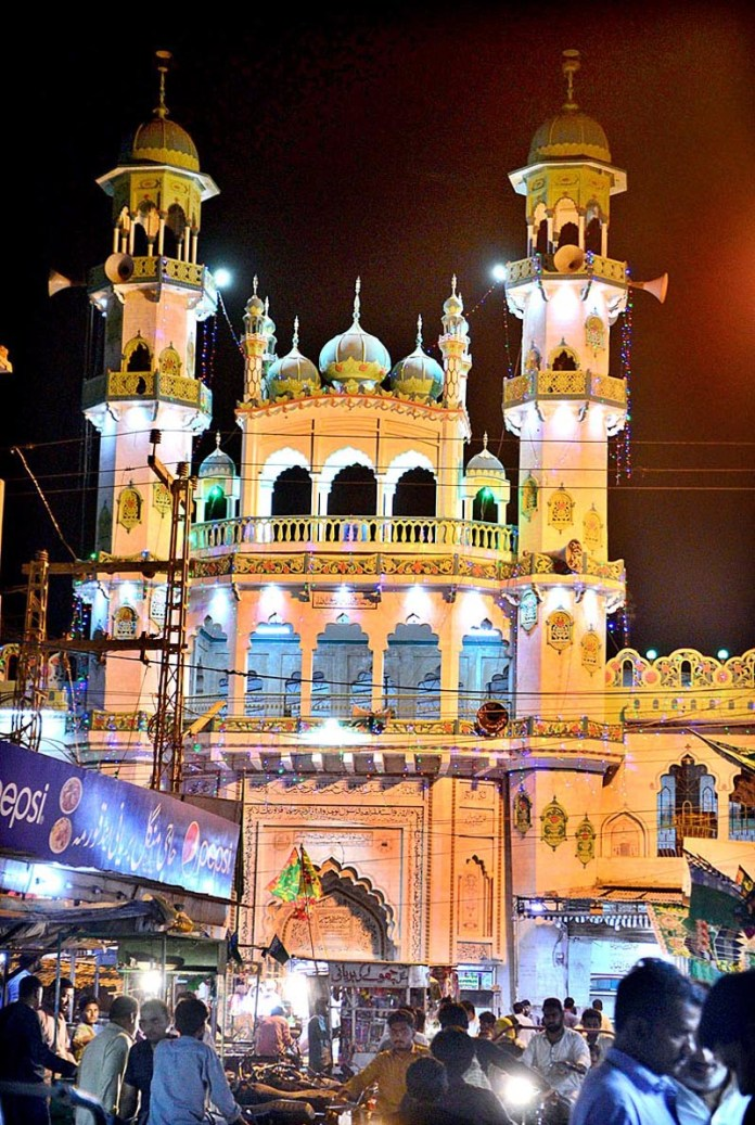 HYDERABAD: October 22 – An illuminated view of Mustafa Masjid decorated with colourful lights in connection with Eid-e-Milad-un-Nabi (SAWW). APP photo by Farhan Khan