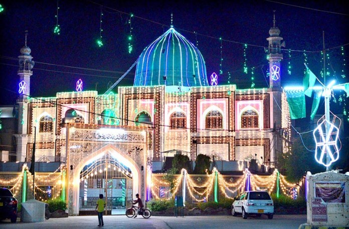 HYDERABAD: October 22 – An illuminated view of Memon Masjid decorated with colourful lights in connection with Eid-e-Milad-un-Nabi (SAWW). APP photo by Farhan Khan