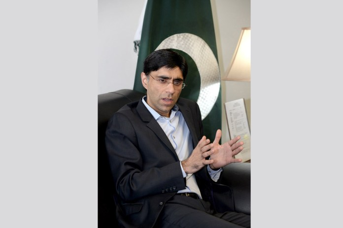 India stuck in odd position in IIOJK, lost Kashmir for practical purposes: Moeed