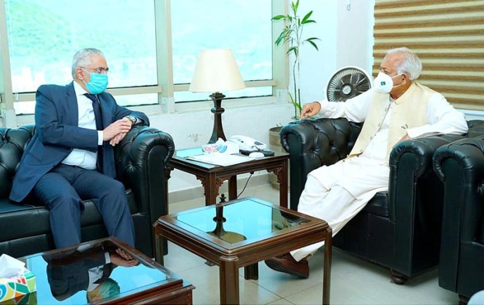 ISLAMABAD: October 07 -ISLAMABAD: October 07 - Egyptian Ambassador Tarek Mohamed Hussein Dahroug called on Federal Minister for Aviation, Ghulam Sarwar Khan. APP called on Federal Minister for Aviation, Ghulam Sarwar Khan. APP